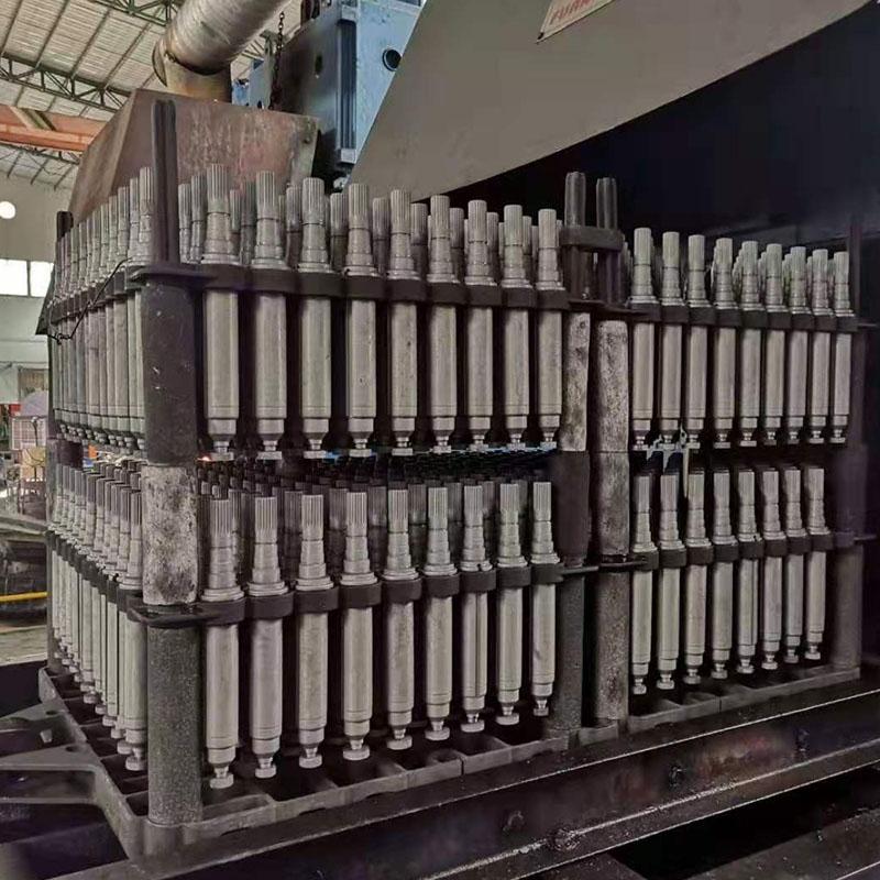 金属材料零件开展真空泵热处理均在密闭式的退火炉内开展